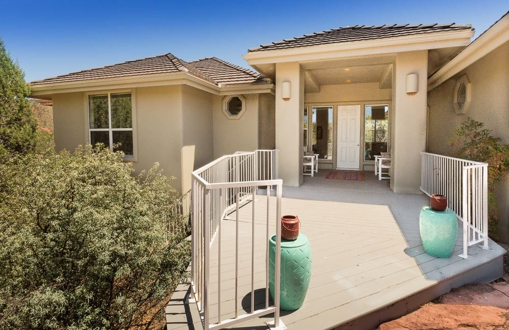 Sedona homes for sale with covered entrances