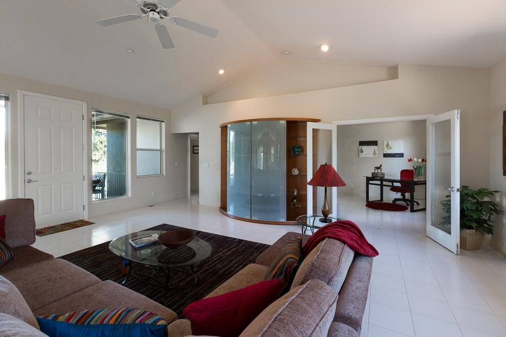 Sedona homes for sale with offices or craft rooms and workshops