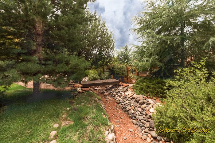 West Sedona homes with herb gardens