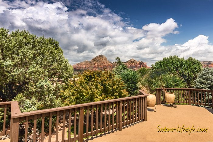 West Sedona homes with capital butte - thunder- mountain-coffeepot rock views