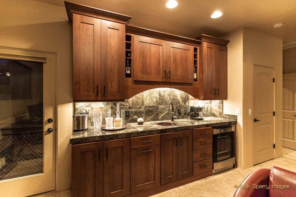 Sedona home with wet bar