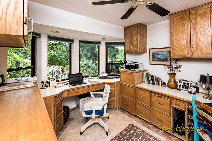 West Sedona homes with office