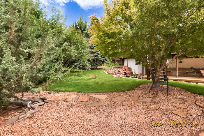 West Sedona homes with privacy