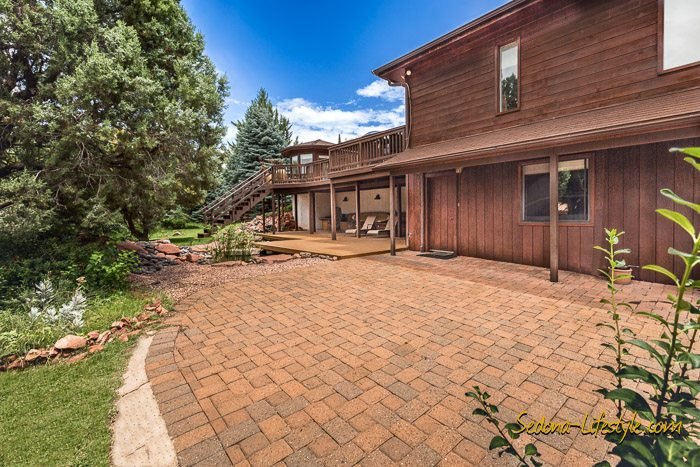 West Sedona homes with large patios and decks