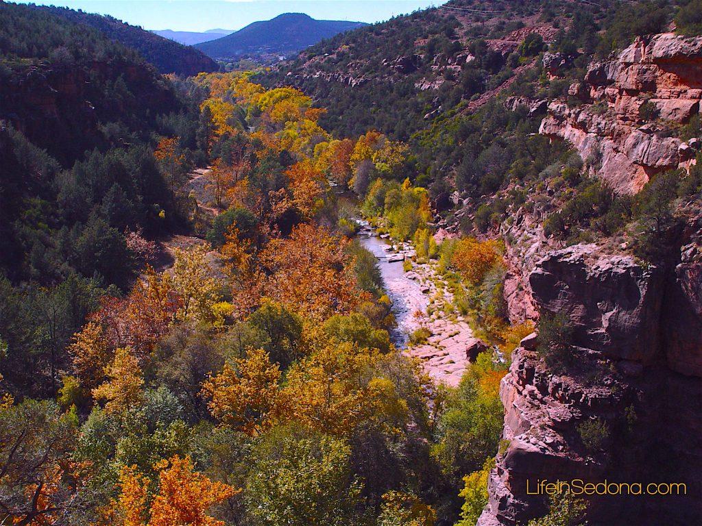 Sedona weather - Fall - Oak Creek Canyon