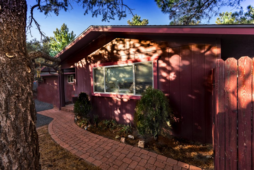 85 Ross Road West Sedona under $350,000 investment opportunity
