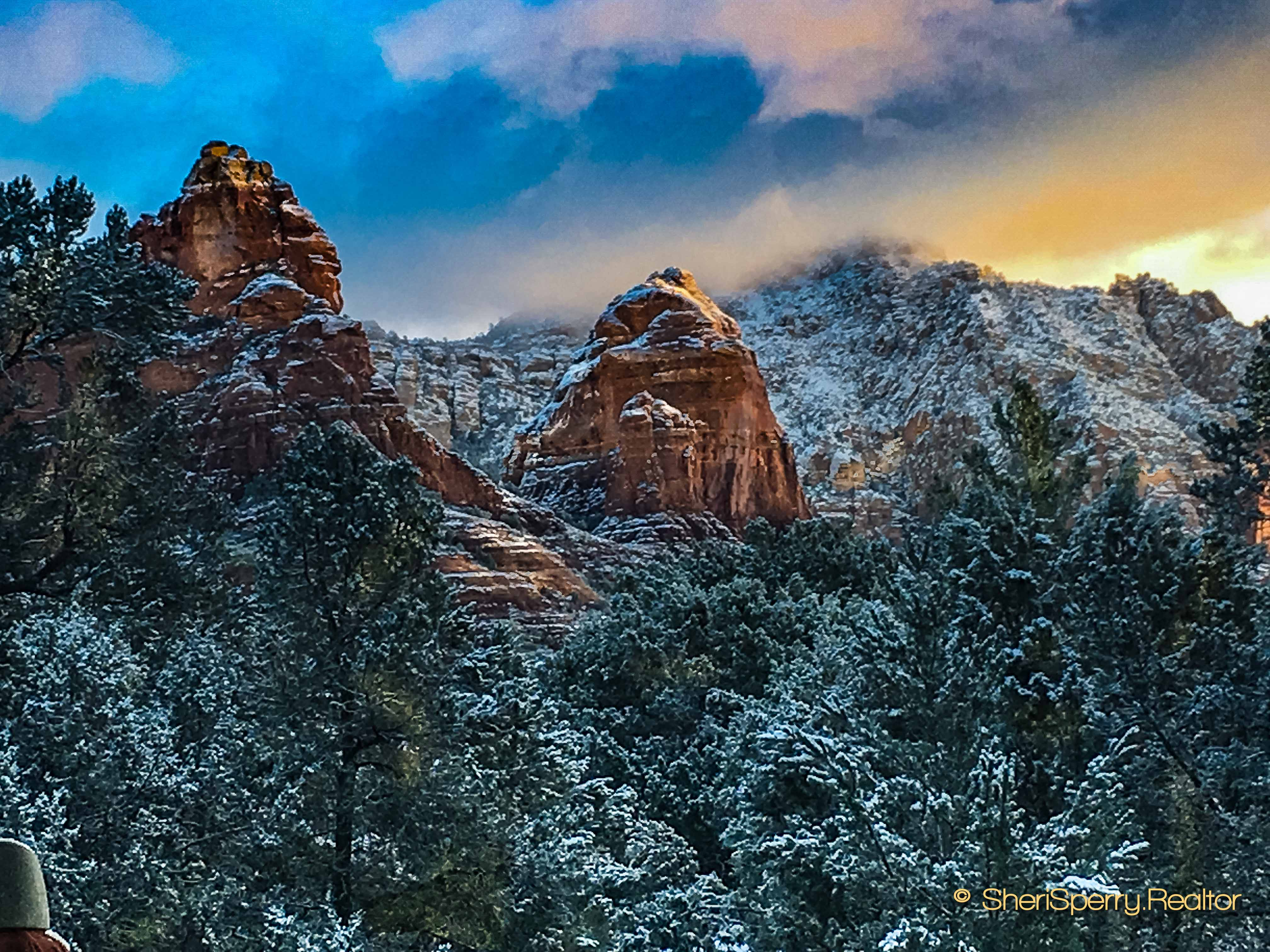 Winter Dusting Sedona Coffeepot cottages