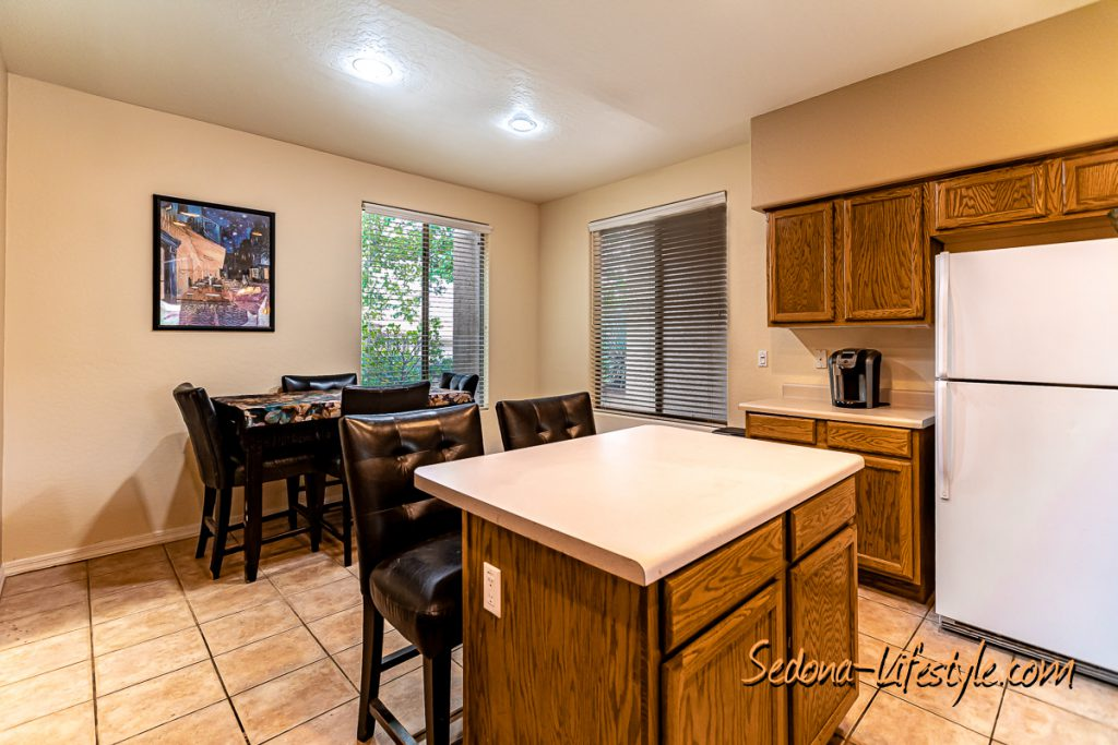 dine in kitchenSedona Golf Resort home offered by Sheri Sperry