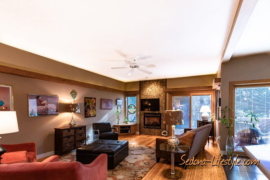 Great Room Vista Montana - Sheri Sperry SellSedona.com Coldwell Banker