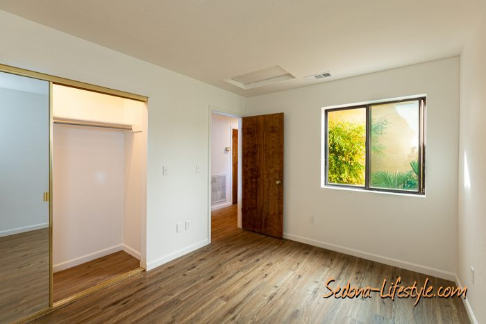 Guest Bedroom - Townhouse for sale