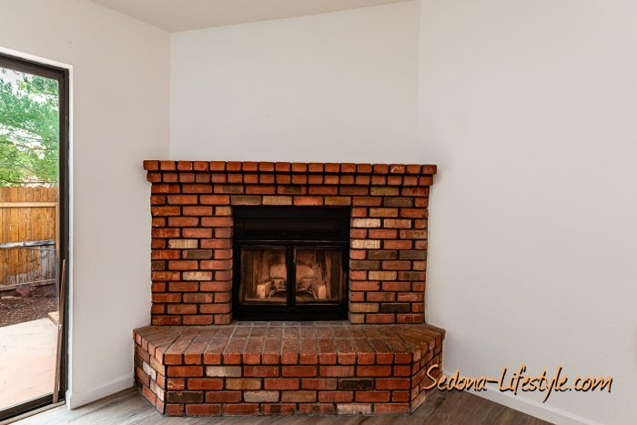 Fireplace - Condo for sale