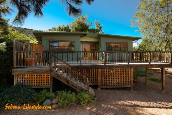 Adorable West Sedona Cottage For Sale