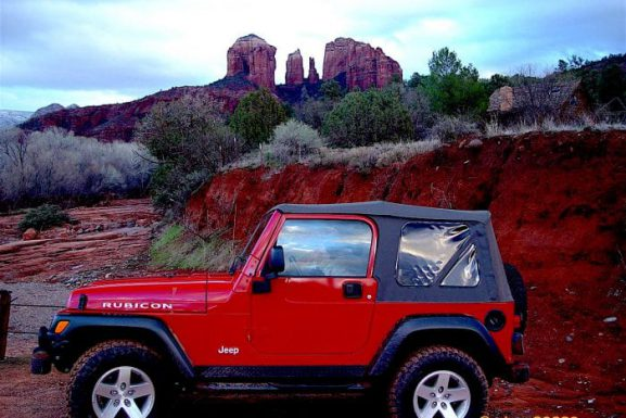 4 Reasons To Take A Sedona Jeep Tour This Fall!