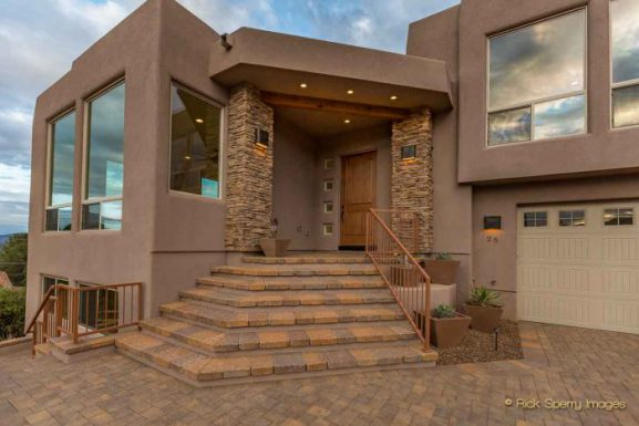 Magic Time – Secrets Behind The Dramatic Listing Image