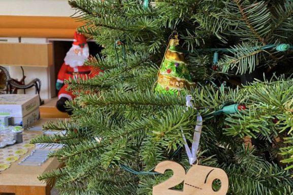 Christmas and Holiday Memories on this Throwback Christmas Eve 2020