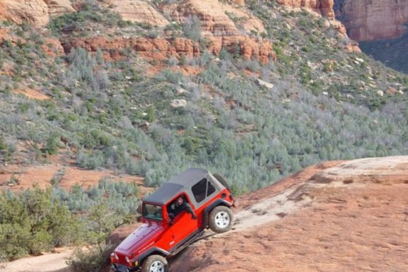Discover the Crimson Vortex Power of Red Rock Romance – Why Do Visitors and Buyers Flock to the Sedona Lifestyle?